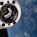 Стыковка пилотируемого Crew Dragon с МКС [видео]