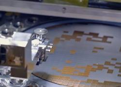 Flextronics прогнозирует дефицит микросхем до середины 2023 года