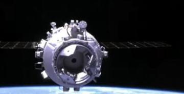 Пилотируемый «Шэньчжоу-12» состыковался с орбитальной станцией КНР