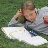Как читает книги нынешняя молодежь?