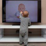 Чтобы телевизор не упал…