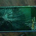 Сломался дисплей смартфона: что делать?