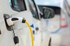 На праздники китайским электромобилям требуется намного больше электричества