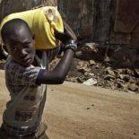 Найроби: питьевая вода из банкомата Grundfos — попытка первая