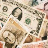 От чего зависит курс валюты