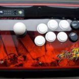Джойстики в стиле Street Fighter IV для SONY PS3 от Mad Catz