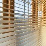 Чем современные жалюзи лучше, чем шторы и занавески?