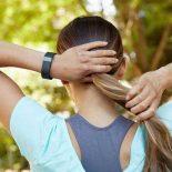 Трекер Fitbit взломать можно за 10 сек, и потом он заразит всё??? [видео]