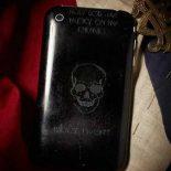 История не учит: вместо военных Zippo — Военные телефоны [фото]